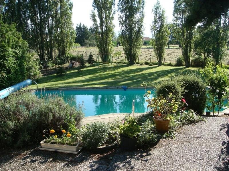 Sale house / villa St romain la motte 329000€ - Picture 2