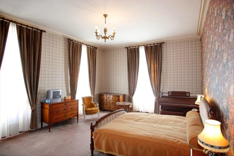Vente maison / villa Airvault 440000€ - Photo 5