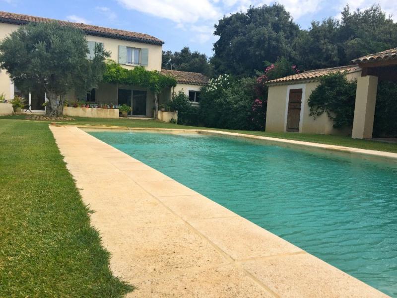 Sale house / villa Rochefort du gard 549000€ - Picture 1