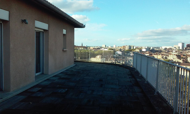 Rental apartment Toulouse 1 300€ CC - Picture 6
