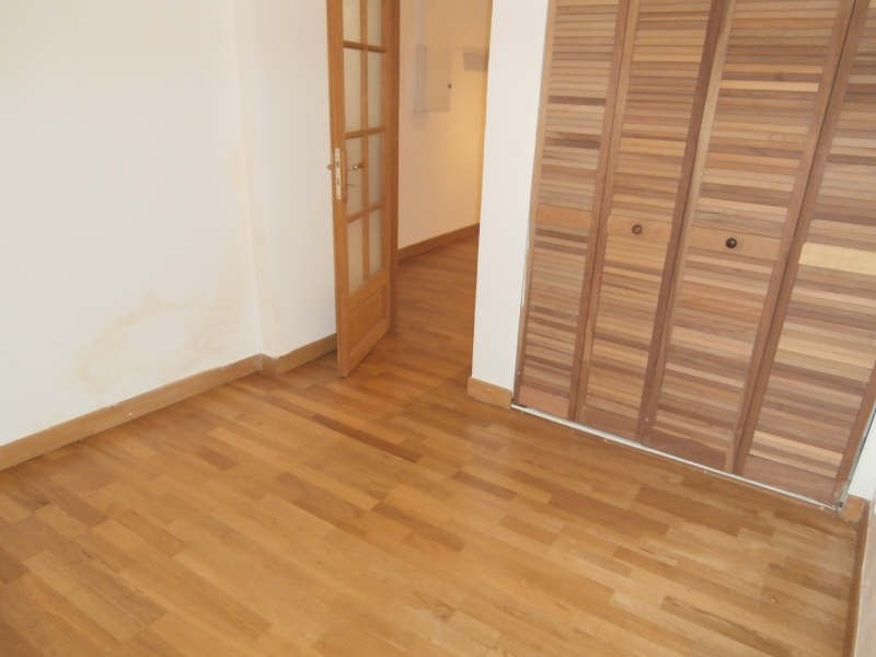 Location appartement St chamas 464€ CC - Photo 4
