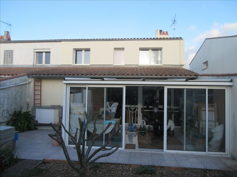 Sale house / villa La rochelle 220000€ - Picture 1