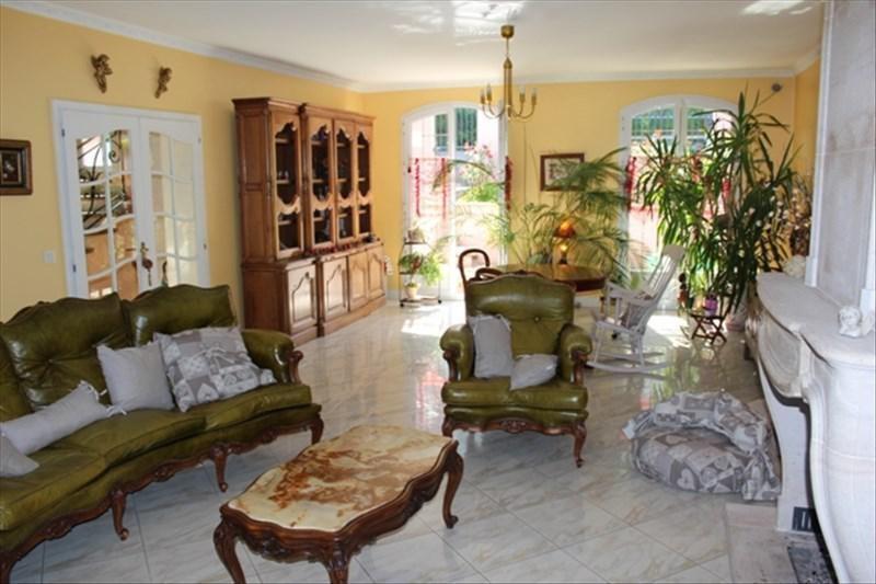Deluxe sale house / villa Pecq 1160000€ - Picture 3