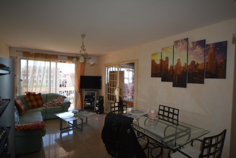 Sale apartment Antibes 250000€ - Picture 2