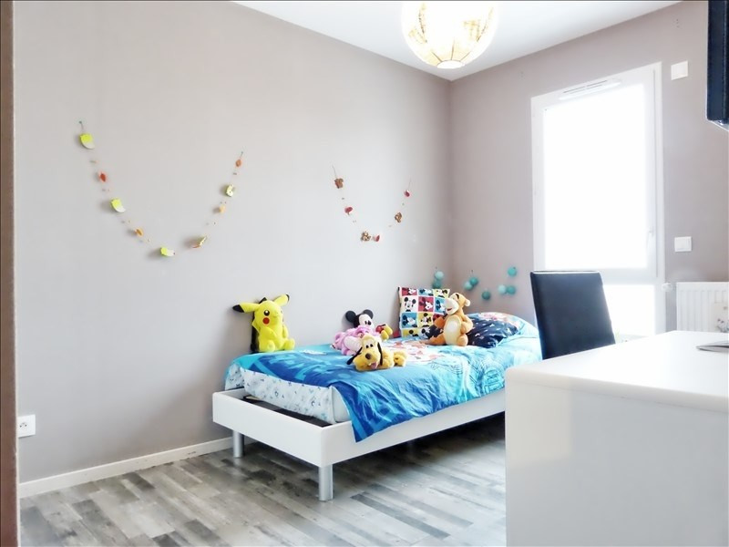 Sale apartment Marignier 219000€ - Picture 5