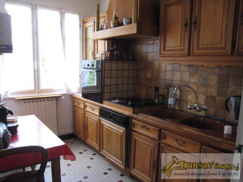 Vente maison / villa Puy guillaume 160815€ - Photo 4