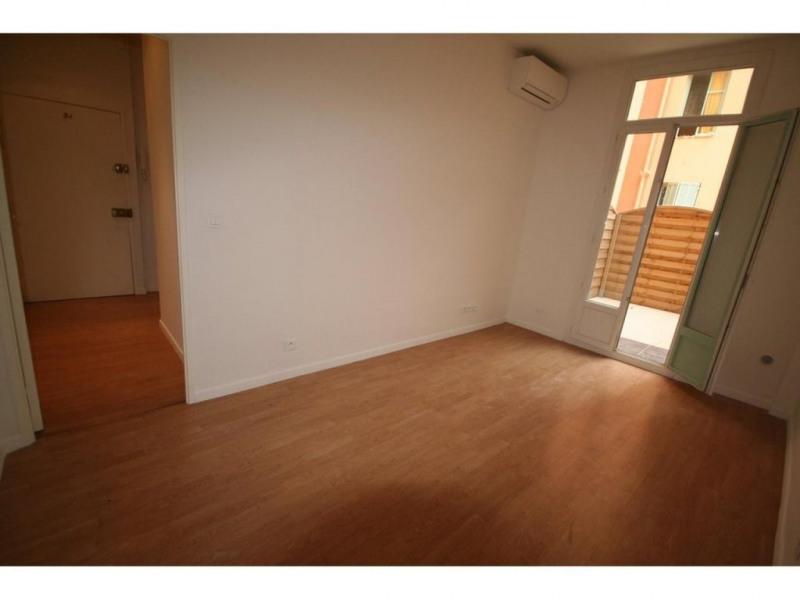 Location appartement Nice 681€ CC - Photo 3