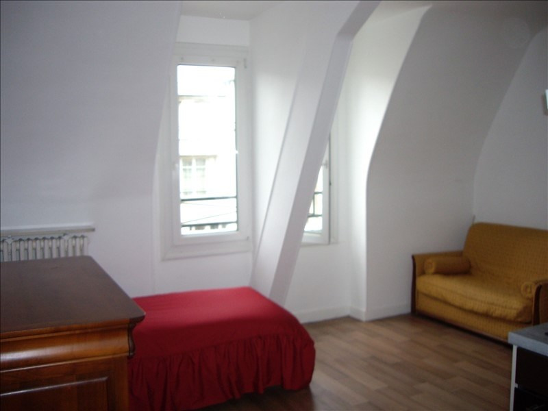Location appartement Paris 17ème 850€ CC - Photo 4