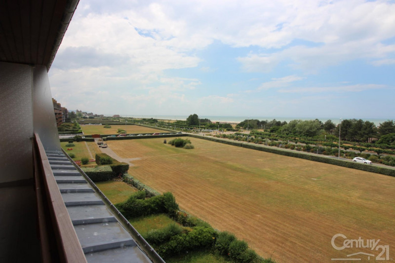 Revenda residencial de prestígio apartamento Deauville 966000€ - Fotografia 18