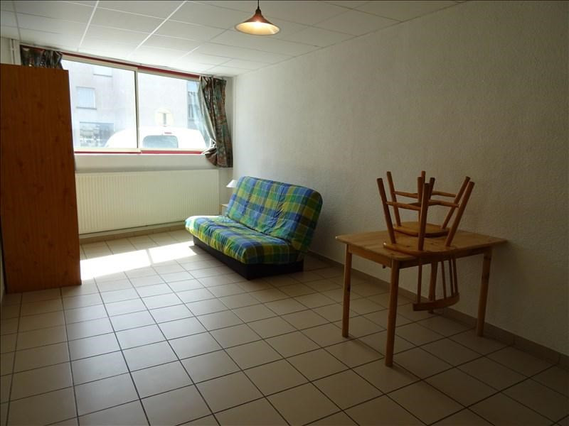 Location appartement Roanne 318€ CC - Photo 1