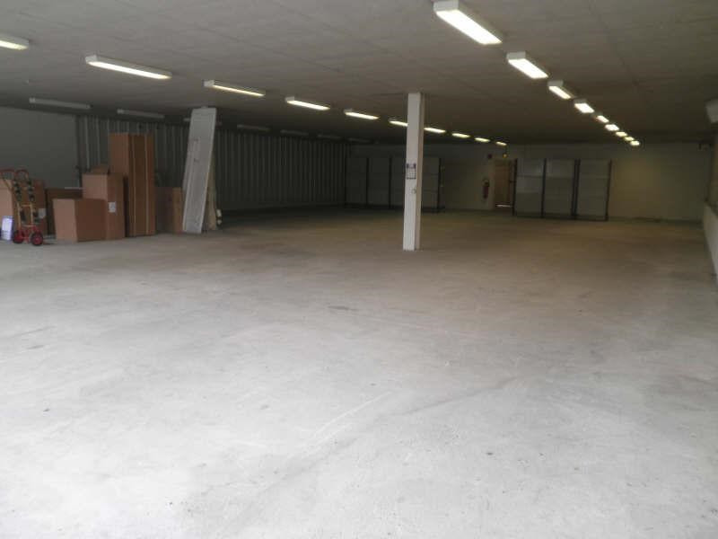 Location local commercial Pernes les fontaines 2520€ +CH/ HT - Photo 3