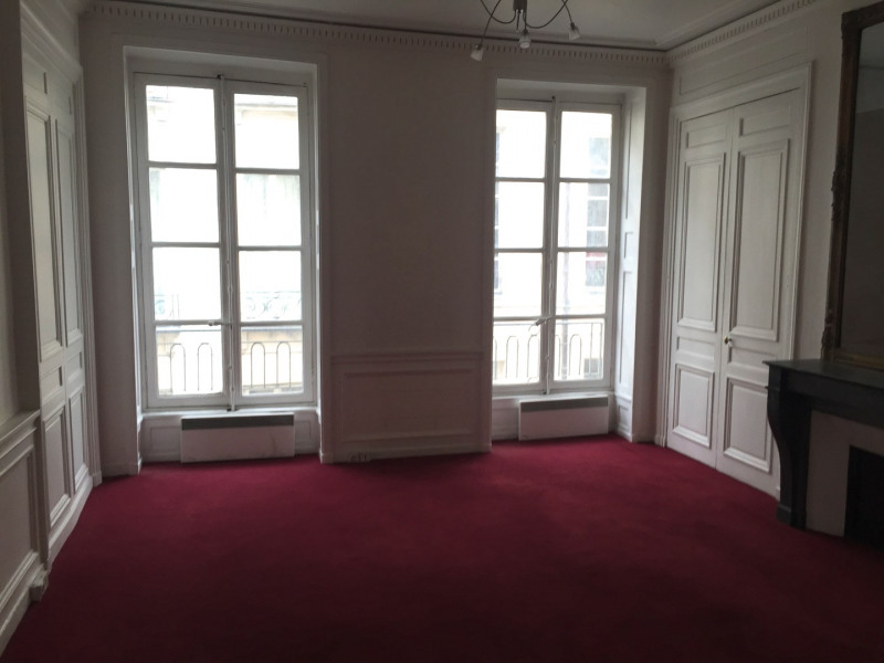 Location bureau Paris 2ème 2 640€ +CH - Photo 2