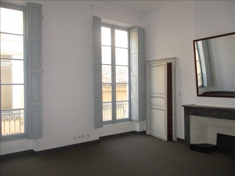 Verhuren  appartement Nimes 780€ CC - Foto 2