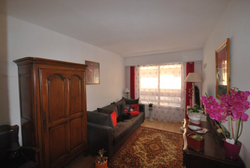 Sale apartment Antibes 410 000€ - Picture 3