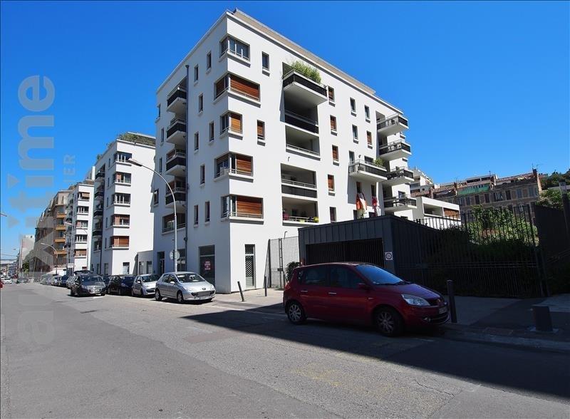 Location appartement Marseille 3ème 935€ CC - Photo 1