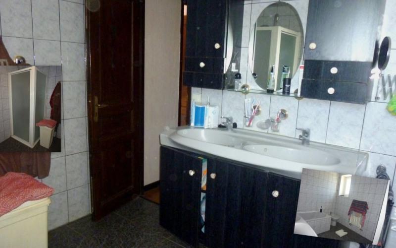 Sale house / villa Saint-étienne 339000€ - Picture 10