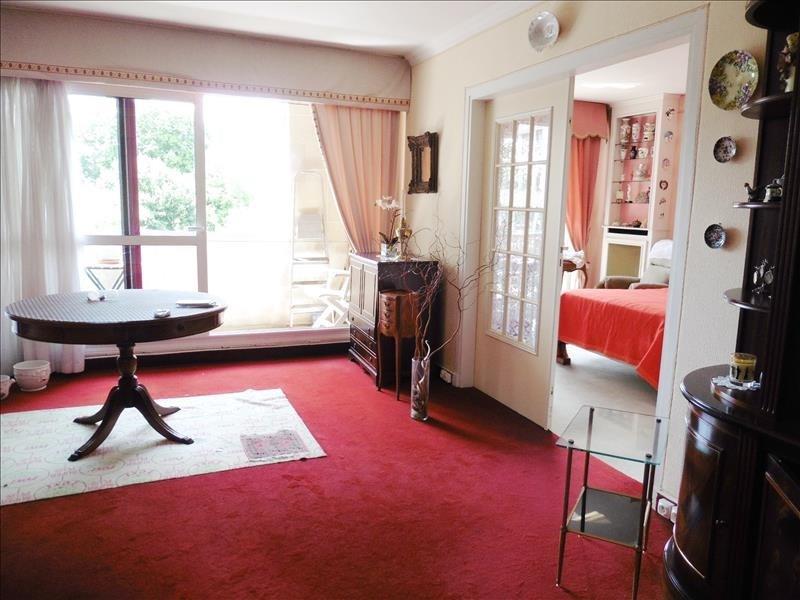Sale apartment Le pecq 168000€ - Picture 2