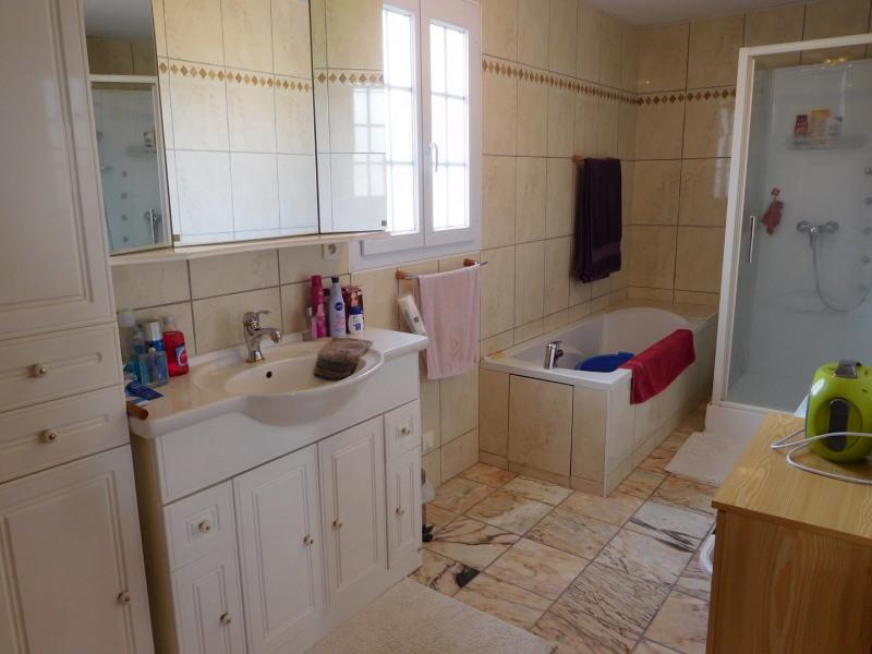 Vente maison / villa Cesny bois halbout 253000€ - Photo 6