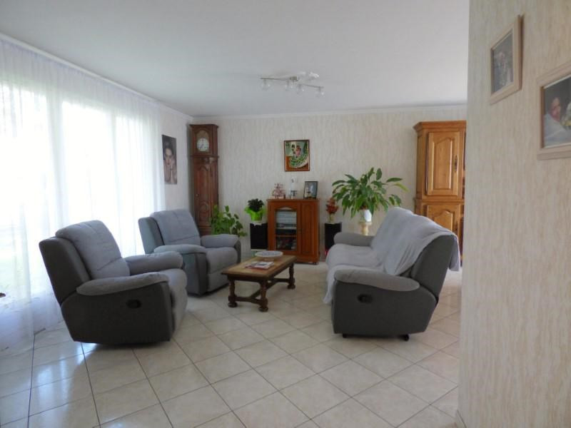 Sale house / villa Ouches 174000€ - Picture 2