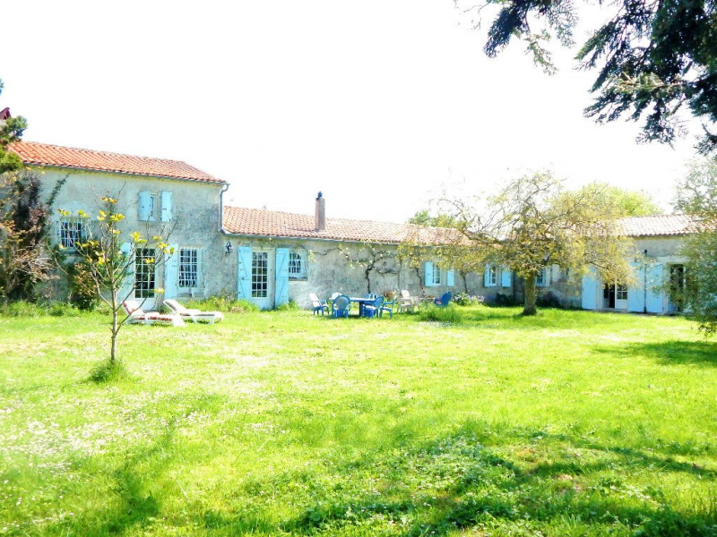 Sale house / villa Semussac 441 000€ - Picture 1
