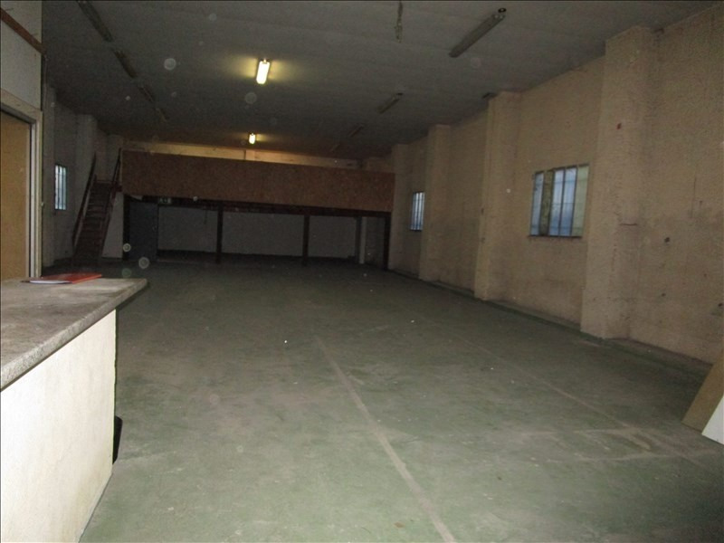 Location local commercial Ambares et lagrave 1 000€ +CH/ HT - Photo 3