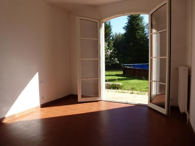 Location maison / villa Aix en provence 1889€ CC - Photo 3