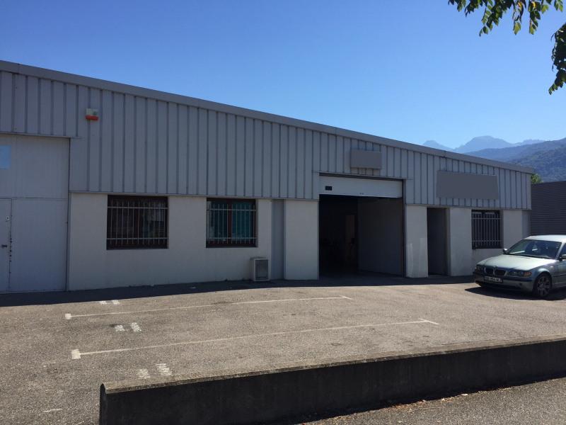 Location Local d'activités / Entrepôt Gières 0