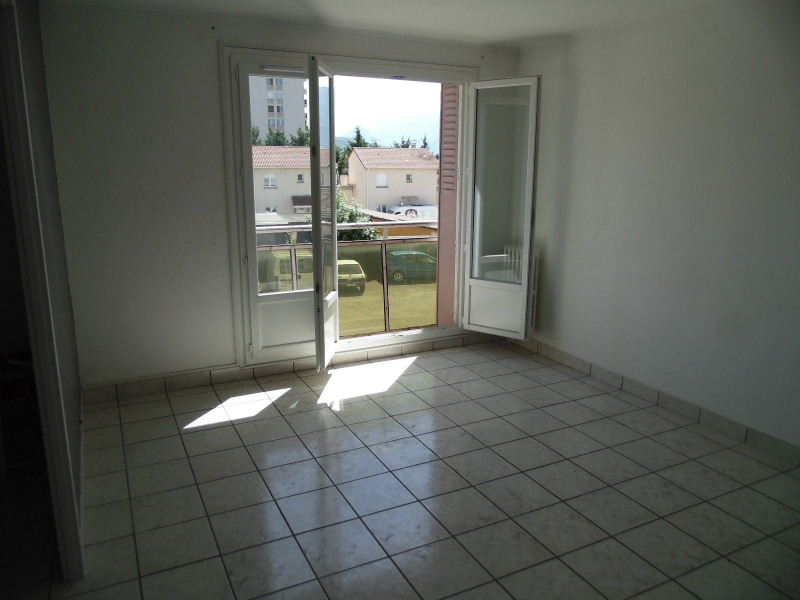 Vente appartement St martin d heres 108 000€ - Photo 3
