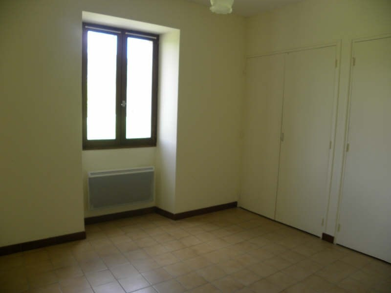 Location appartement St jean le vieux 550€ CC - Photo 3