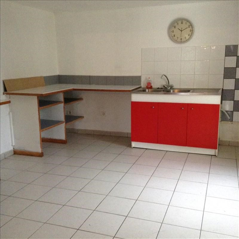 Rental house / villa Homblieres 805€ CC - Picture 5