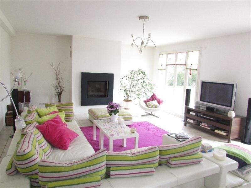 Sale house / villa Feucherolles 870000€ - Picture 4