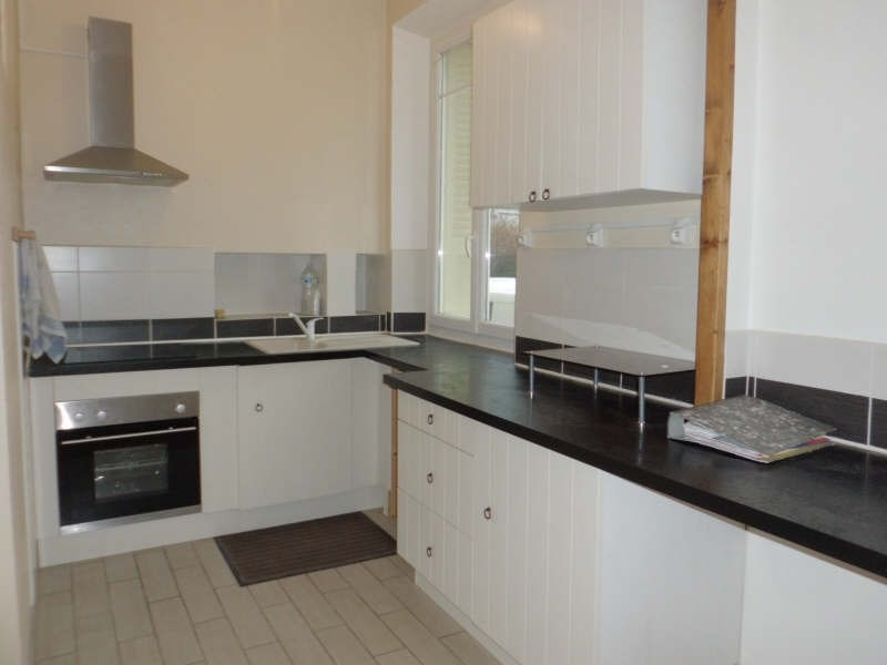 Rental apartment Chambery 658€ CC - Picture 2