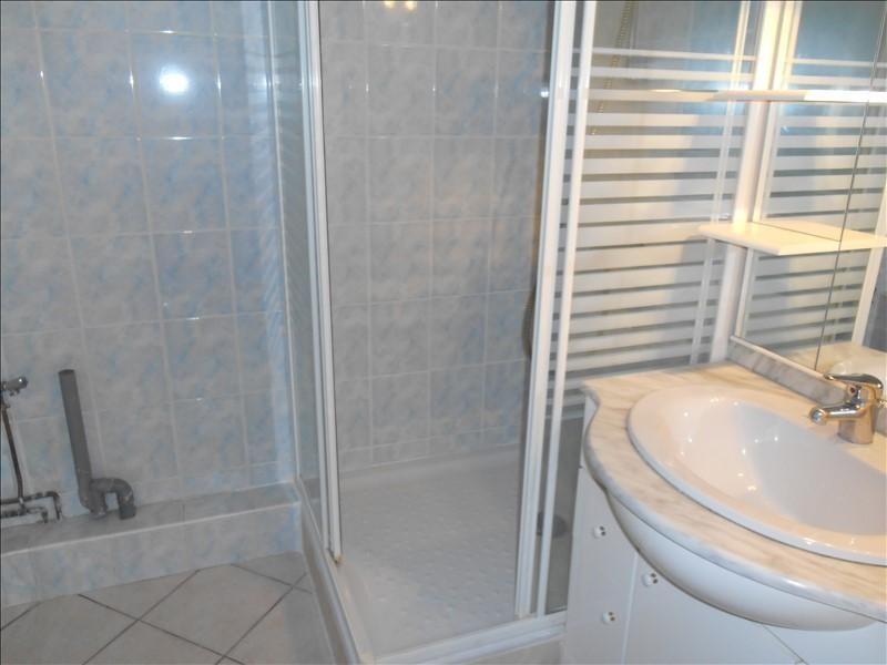 Rental apartment Saint andre les vergers 460€ CC - Picture 5