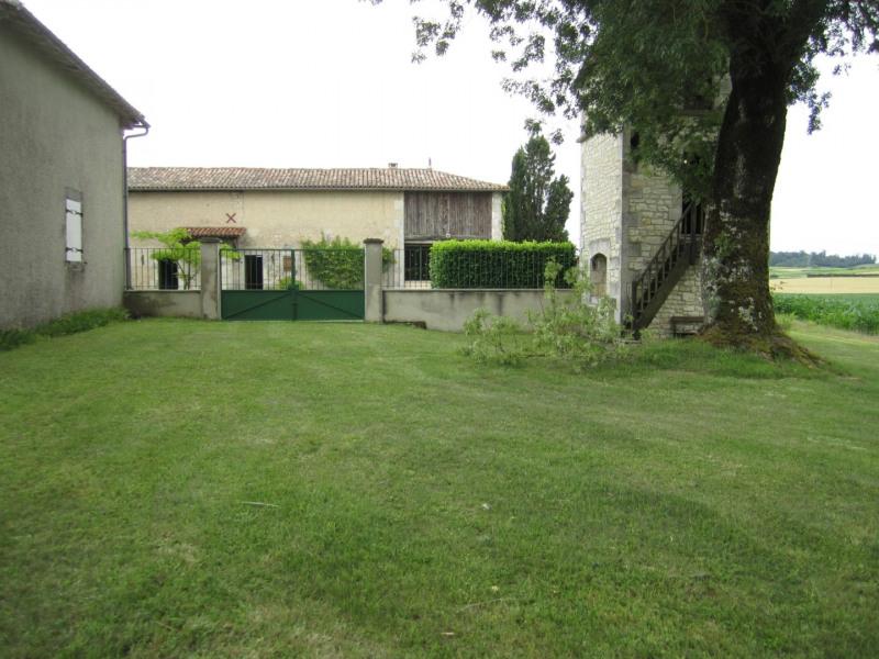 Vente maison / villa Barbezieux saint-hilaire 260000€ - Photo 1