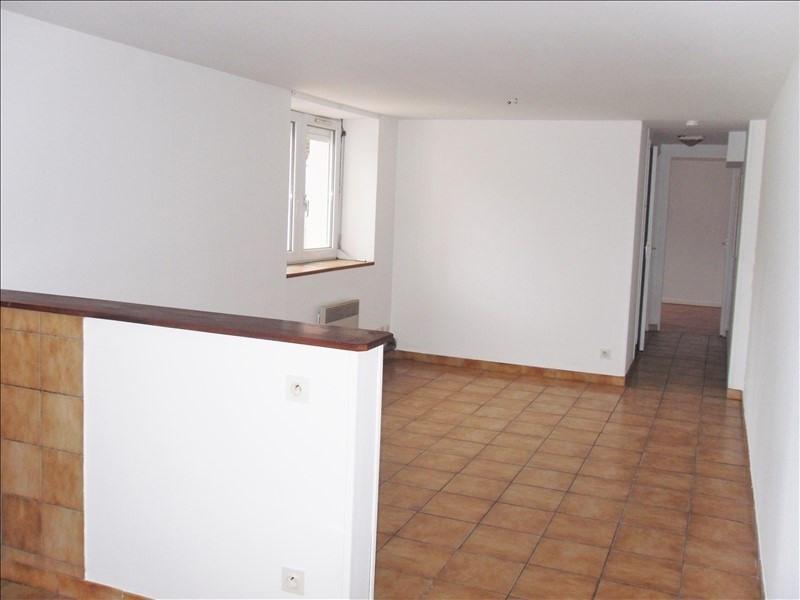 Rental apartment Tremeven 325€ CC - Picture 2