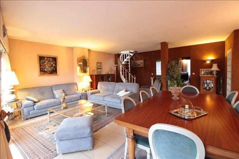 Deluxe sale apartment Annecy 1100000€ - Picture 4