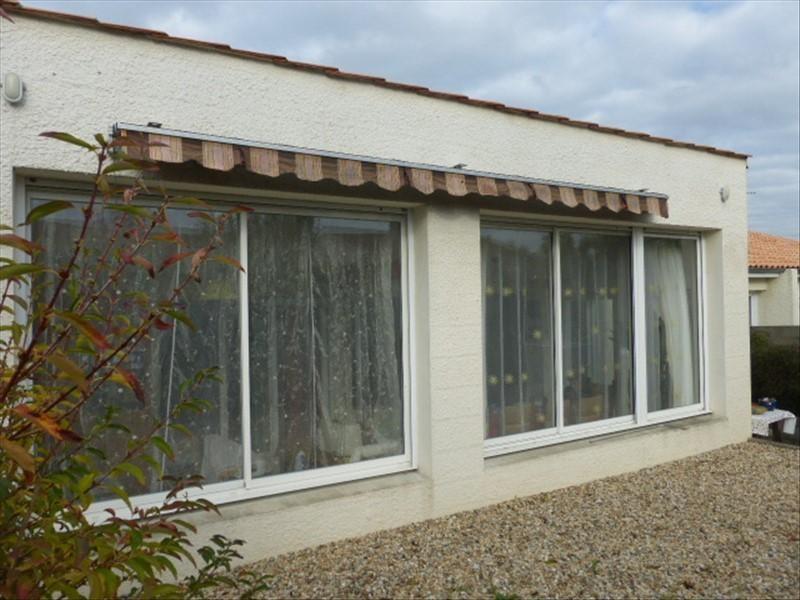 Sale house / villa St agnant 179000€ - Picture 2