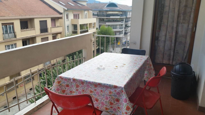 Investment property apartment Gaillard 145000€ - Picture 3