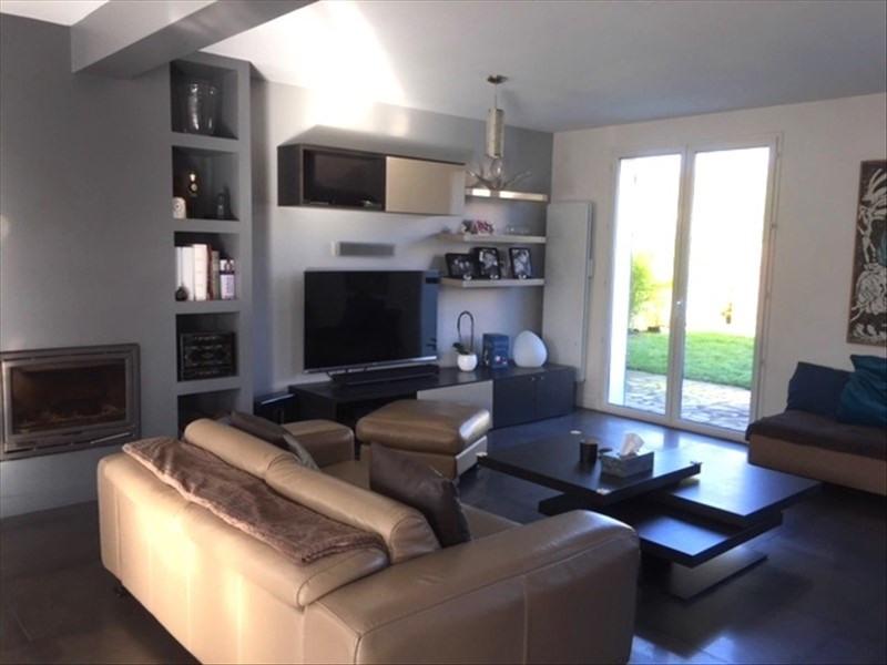 Sale house / villa Feucherolles 675000€ - Picture 3