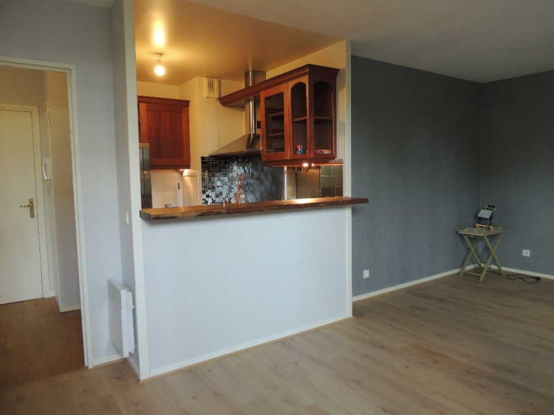 Deluxe sale apartment Le port marly 219000€ - Picture 1