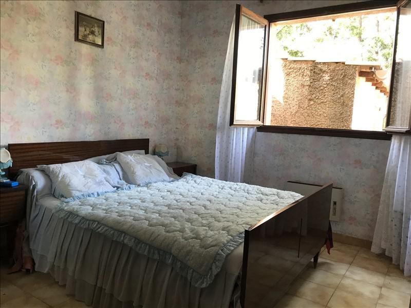 Sale house / villa La londe les maures 275000€ - Picture 8