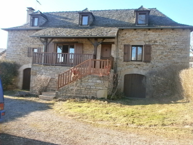 Location maison / villa Bozouls 688€ CC - Photo 1