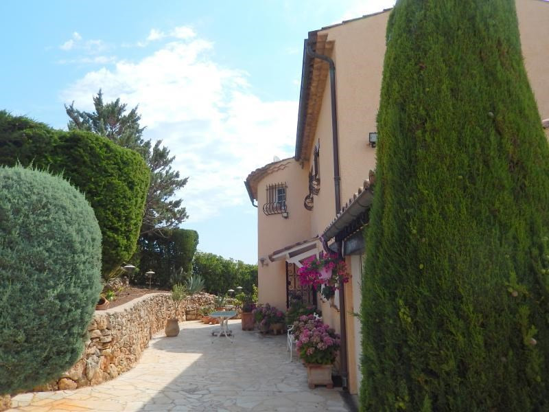 Deluxe sale house / villa St aygulf 795000€ - Picture 9