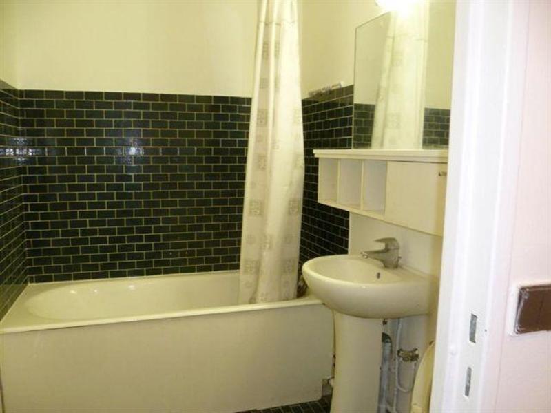 Location appartement Paris 18ème 1080€ CC - Photo 3