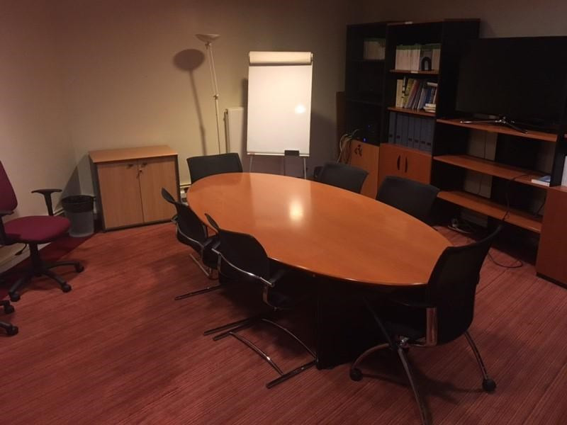 Rental office Paris 17ème 1 150€ +CH/ HT - Picture 4