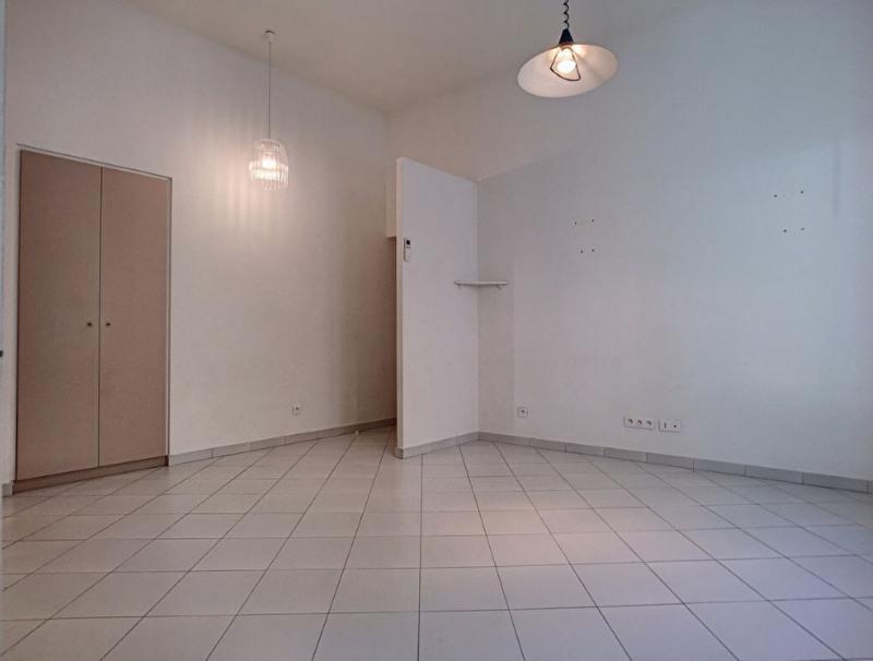 Sale apartment Menton 220000€ - Picture 4