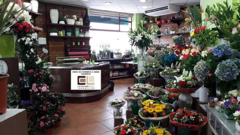 Commercial property sale shop Lyon 4ème 249000€ - Picture 2