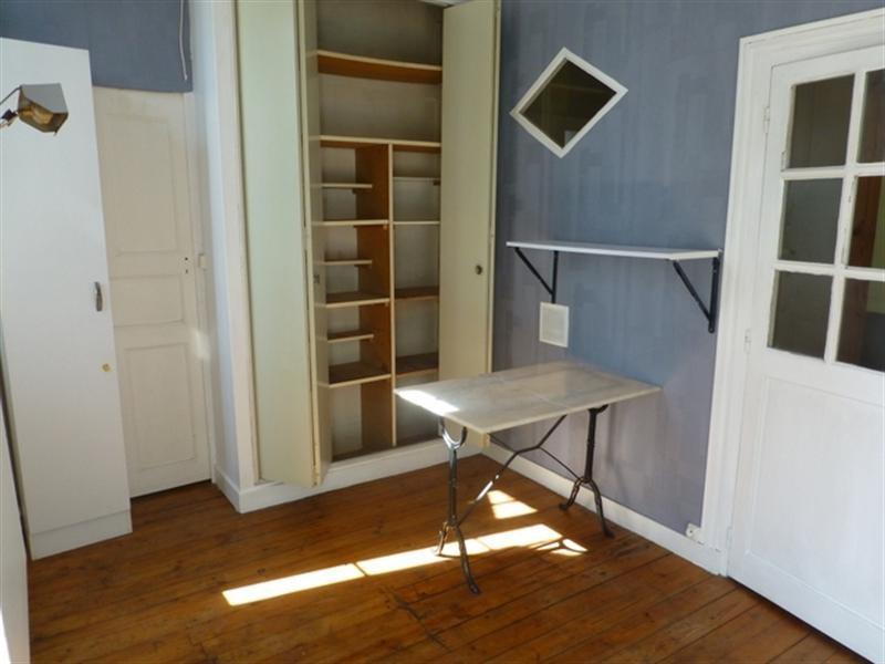 Sale apartment Saint-jean-d'angély 75000€ - Picture 3