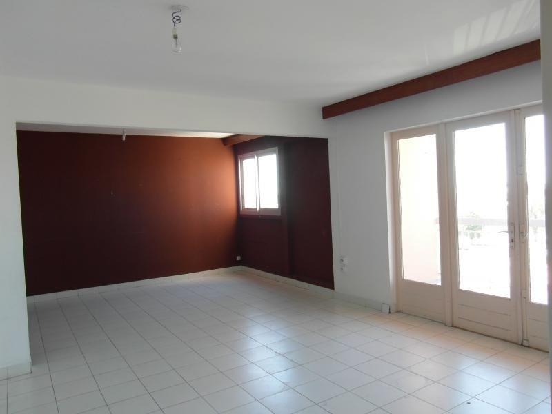 Sale apartment Le port 86000€ - Picture 2