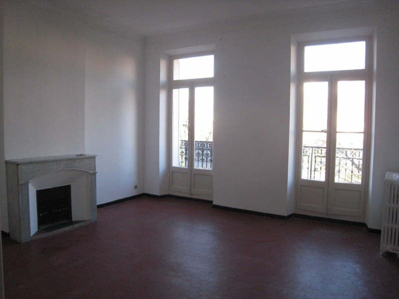 Rental apartment Toulon 830€ CC - Picture 1
